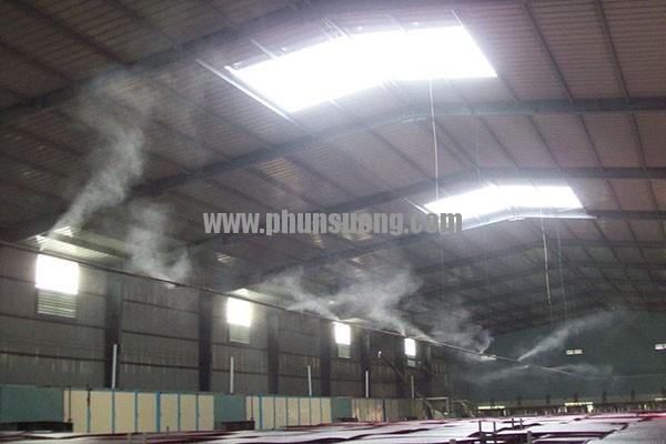 Phun sương Hoàng Hà dùng trong nhà xưởng ở Thái Nguyên