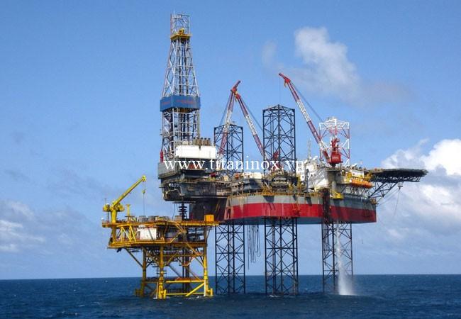 Ống inox 304 được sử dụng trong ngành dầu khí