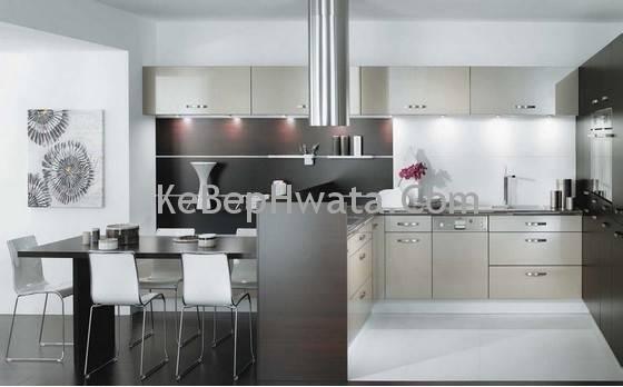 Tủ bếp được làm bằng inox chống ẩm ướt và dễ vệ sinh