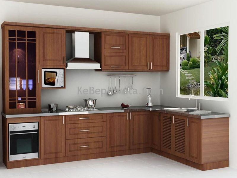 Tủ bếp làm bằng gỗ tự nhiên nhìn chắc chắn tinh tế