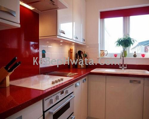 Kệ bếp với cửa bằng Acrylic